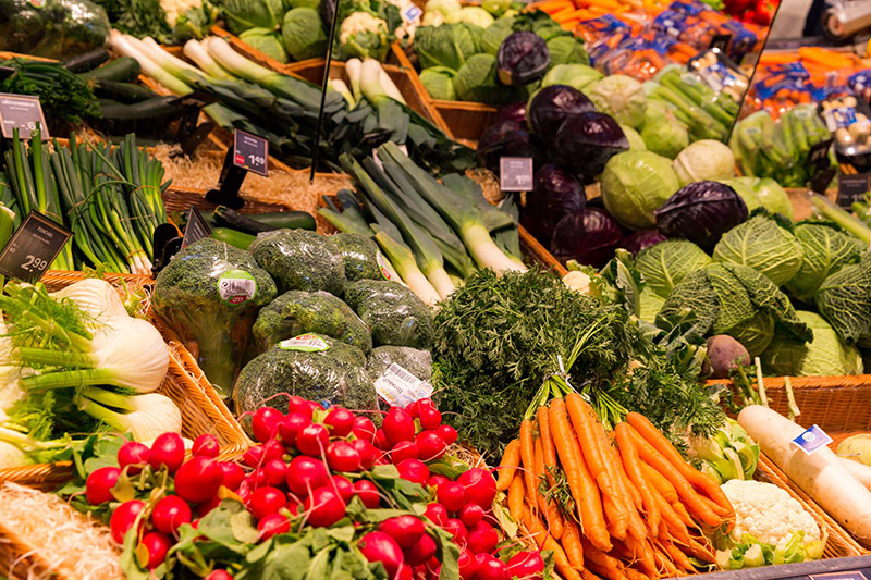 Obst und Gemüse bei EDEKA